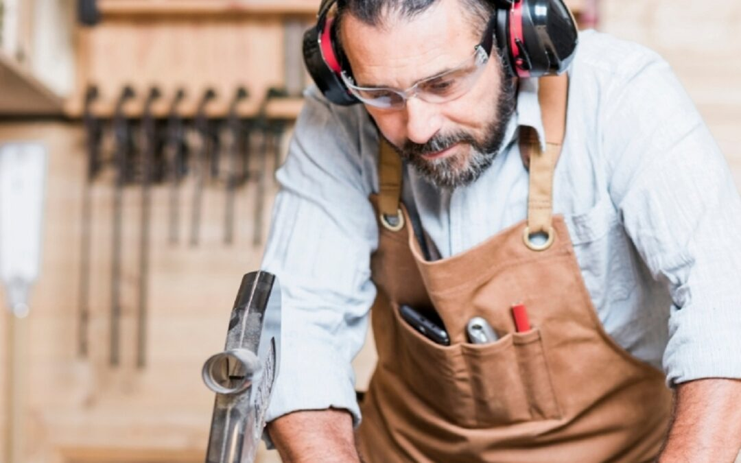 What Are Woodworking Safety Glasses?